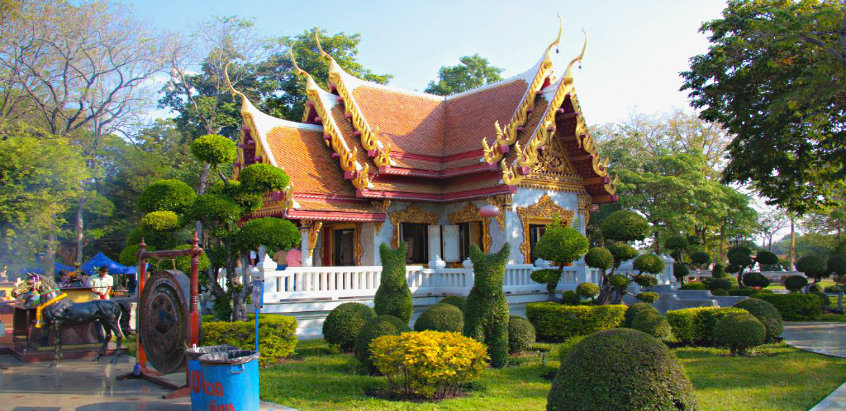 Shrine Of King Taksin